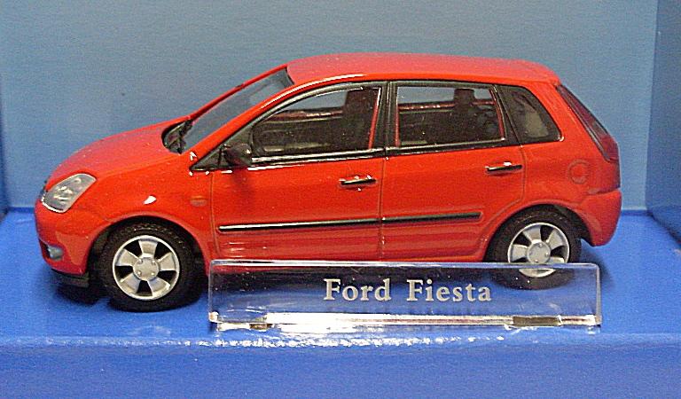 d066109da88 Ford Fiesta kovový model auta 1:43 | Kočárky NEC