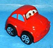 červené cars autičko