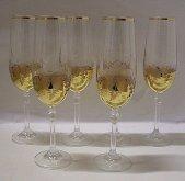 Šampusky sklenice fletny zlacene...