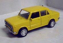 Lada VAZ 2102 Žigulik kovový model auta žlutý
