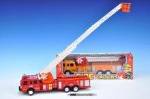 Auto hasičské požárníci se žebříkem výsuvným