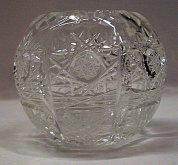 Váza koule malá skleněná křišťálová O123