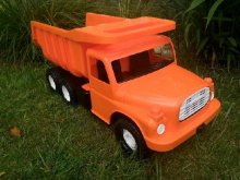 Auto Tatra 148 plast 73cm oranžová auto na písek