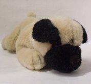 Pes ležící plyšový béžovo černý 18 cm