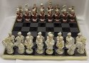 Šachy porcelánová exklusivní souprava Purpur a Bílé zlato Česká výroba kompletní